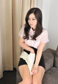 小野麻里亜10画像